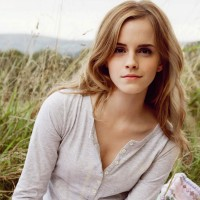Cute-Emma-Watson-Wallpaper
