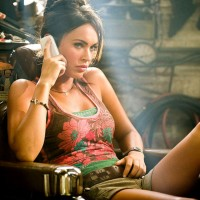 Megan-Fox-Transformers-2-Wallpaper