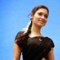 Indian-Girl-Wearing-Black-Sari